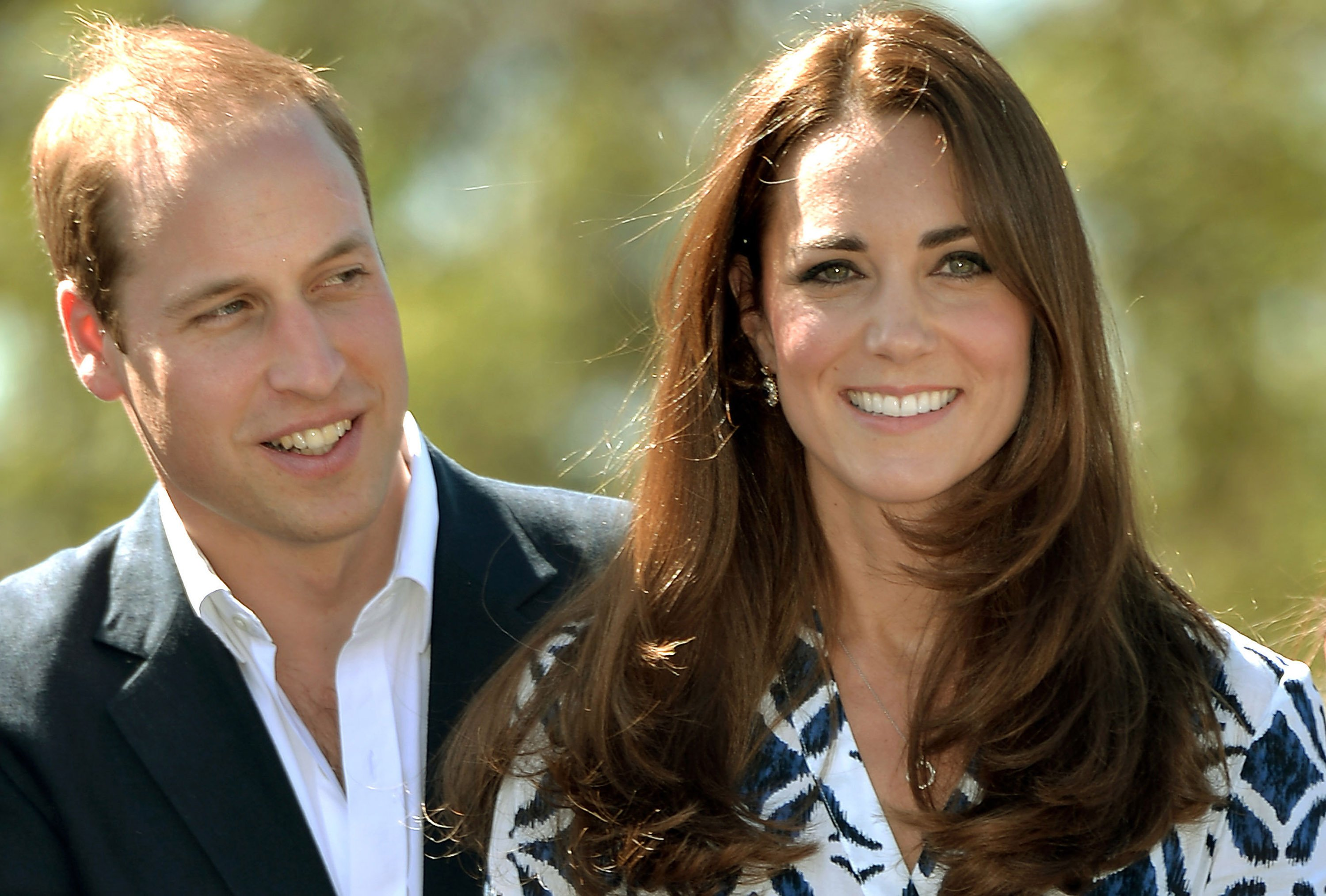 Prince William and Kate Middleton at Winmalee Guide Hall in Yellow Rock  on April 17, 2014. | Source: Getty Images