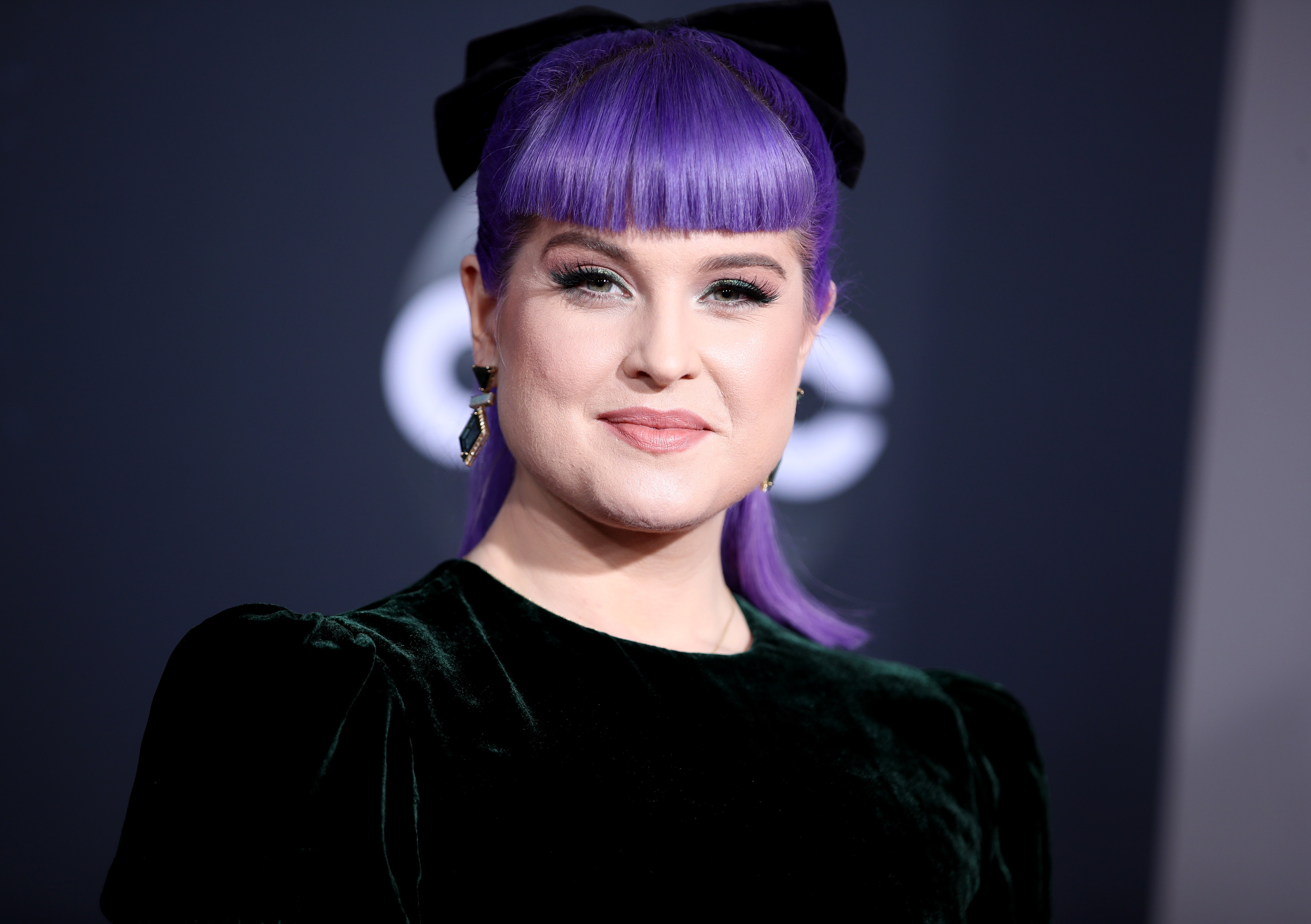 Kelly Osbourne attends the 2019 American Music Awards on November 24, 2019, in Los Angeles, California. | Source: Getty Images.