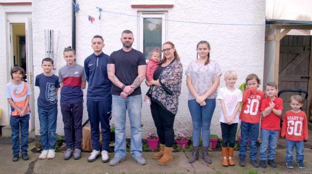 La famille nombreuse. l Source: Channel 5