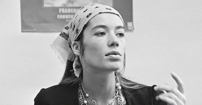 Françoise Hardy : Quelle a été la jeunesse de cette grande chanteuse française ?