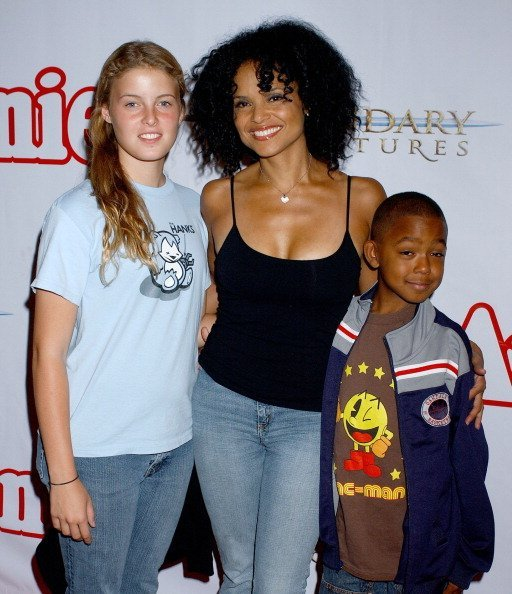 Victoria Rowell, daughter Maya and son Jasper at Pantages Theatre in Hollywood, California.| Photo: Getty Images.