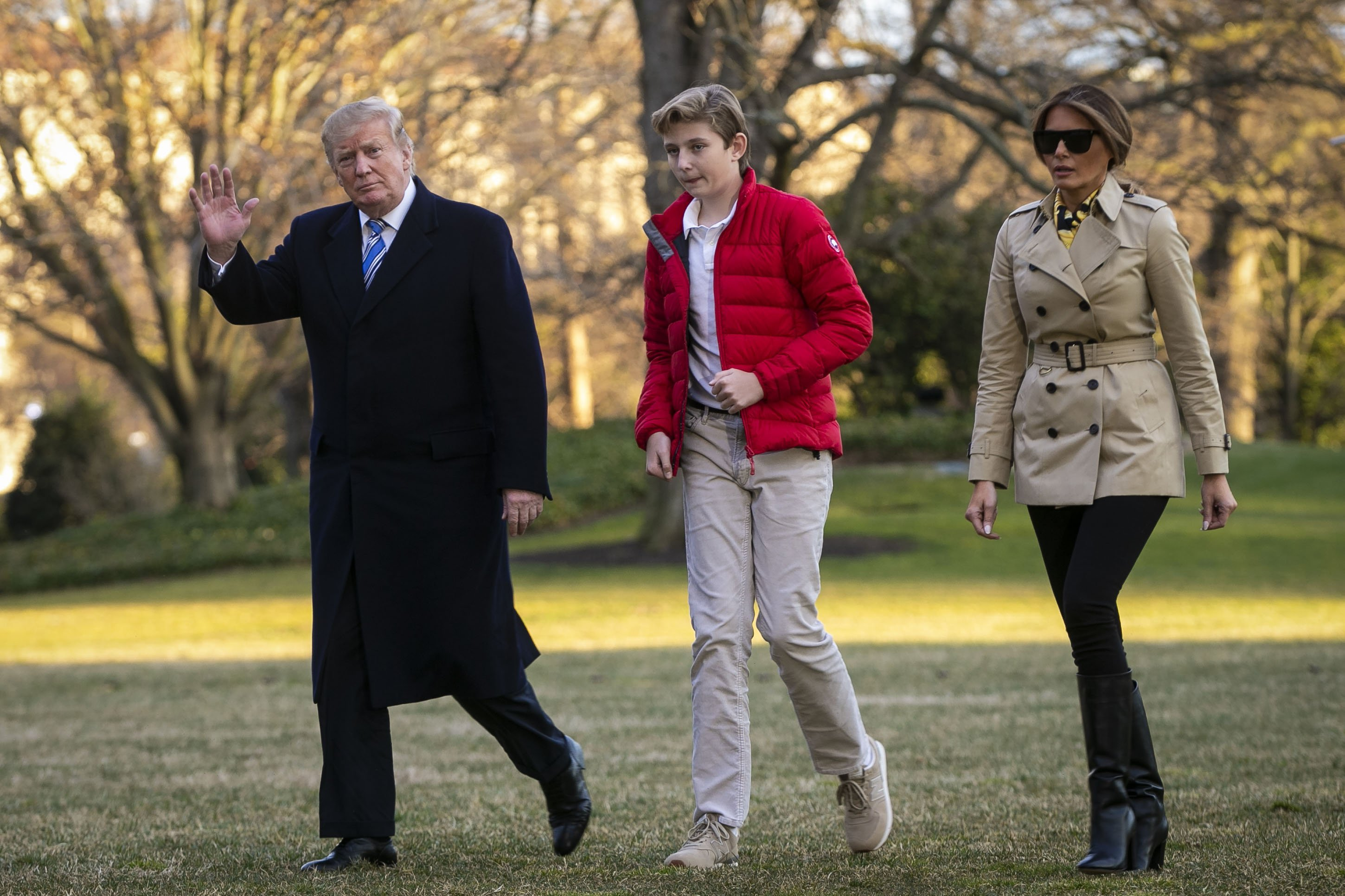 President Donald Trump, first lady Melania Trump, and their son Barron Trump, arrive on the White House from Mar-a-Lago, Florida on March 10, 2019. | Photo: GettyImages