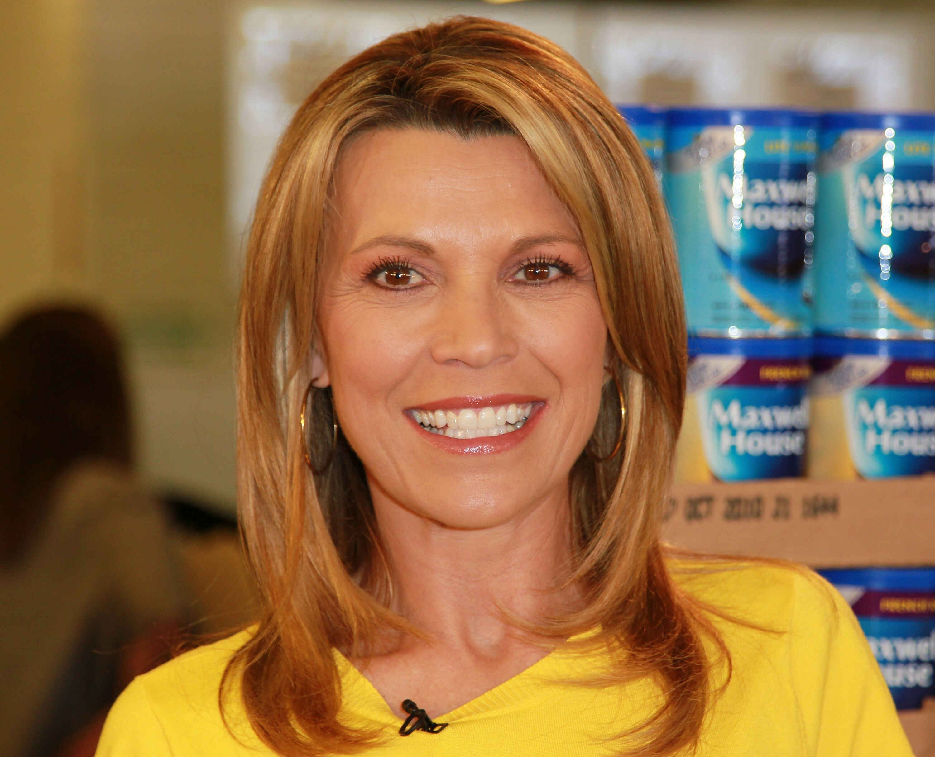 Vanna White visits the Los Angeles Regional Foodbank l Getty Images