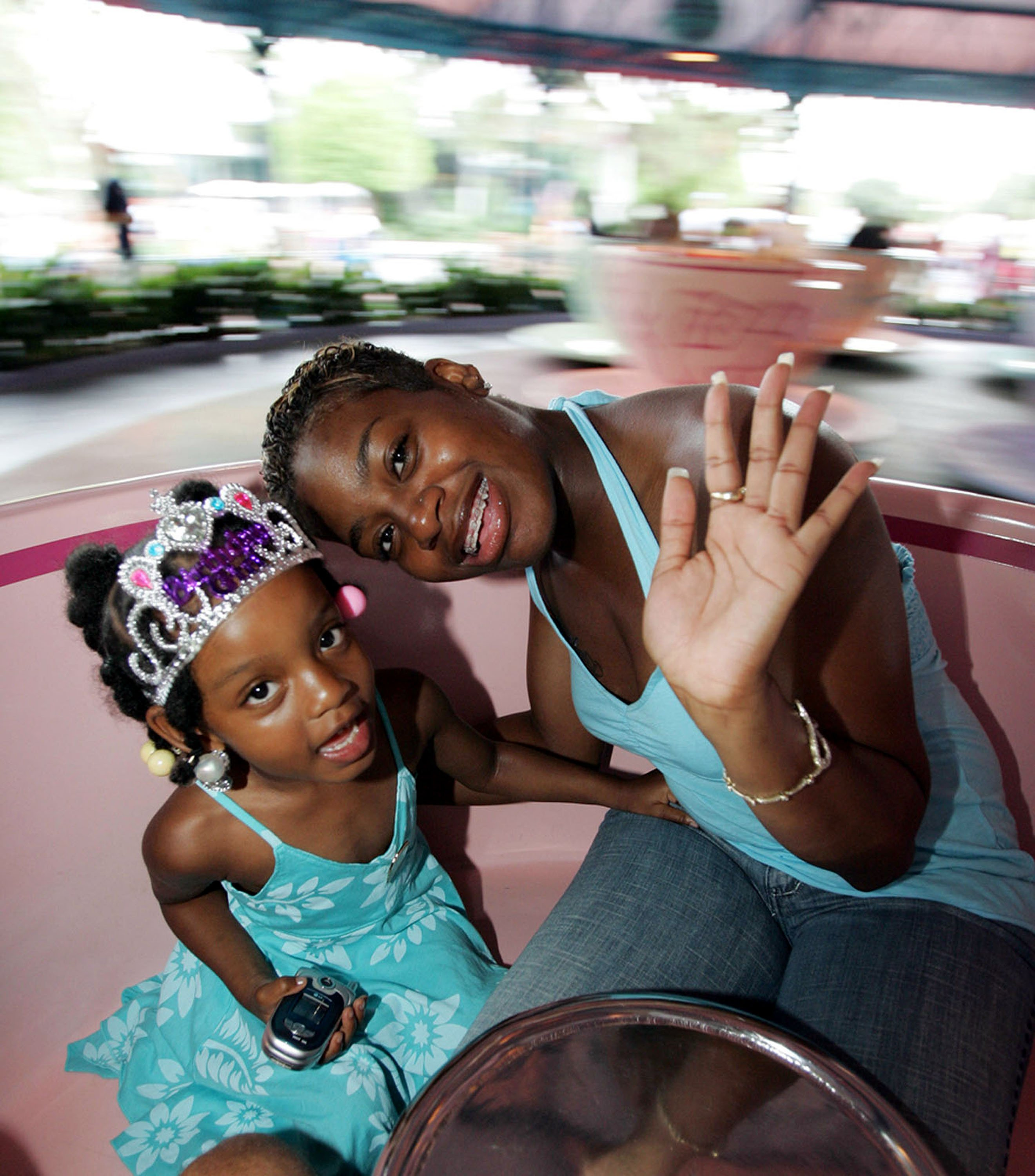 Fantasia Barrino and Zion, 4, at Walt Disney's Magic Kingdom on Aug. 8, 2005 in Florida. | Photo: Getty images