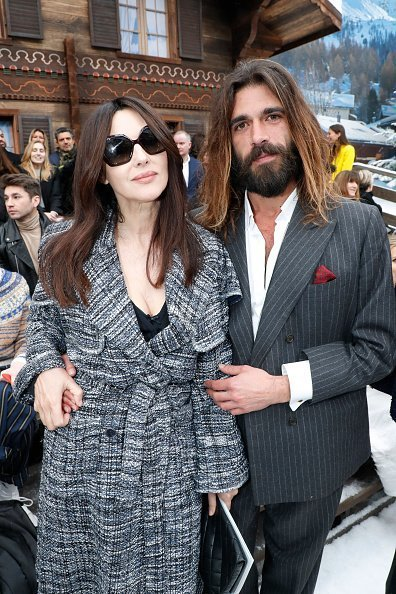 Monica Bellucci and her companion Nicolas Lefebvre attend the Chanel show | Photo: Getty Images