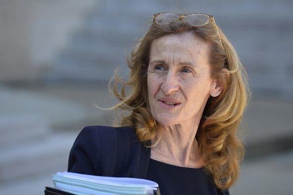 Nicole Belloubet, la ministre de la Justice française, sort du Palais de l'Elysée après la réunion. | Photo : GettyImage