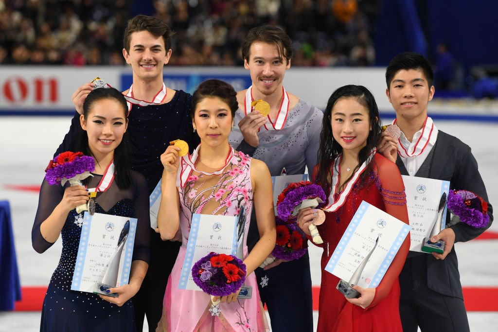 Kana Muramoto and Chris Reed (gold medalists) on December 24, 2017 in Chofu, Tokyo, Japan | Photo: Getty Images