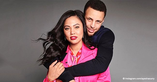 Ayesha and Steph Curry pose with their son and daughters, showing off how much they look alike