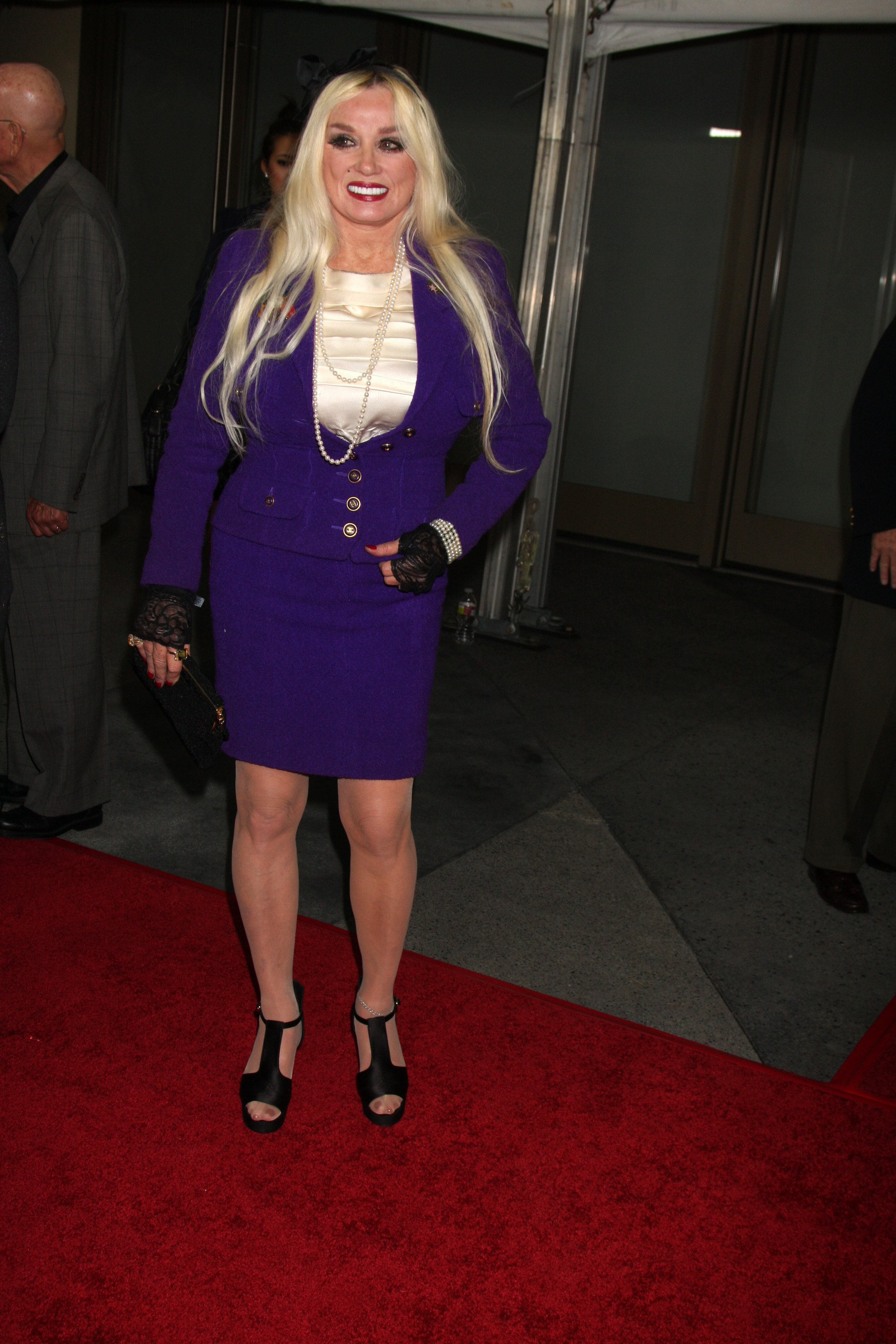 Mamie Van Doren arrives at the Hollywood Walk of Fame 50th Anniversary Celebration at Hollywood & Highland on November 3, 2010 in Los Angeles, CA | Photo: Shutterstock