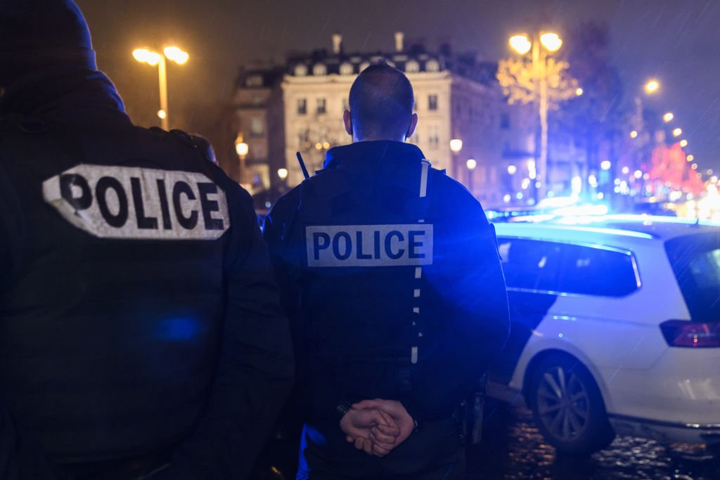French police officers demonstrate on December 14, 2020 in Paris   Photo: Getty Images