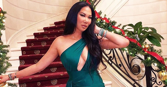 Kimora Lee Simons Looks Gorgeous as Ever in Green as She Celebrates the Season of Joy
