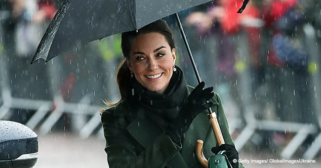 Kate Middleton Refused to Use Umbrella in the Rain to Make Sure All Her Fans Could See Her