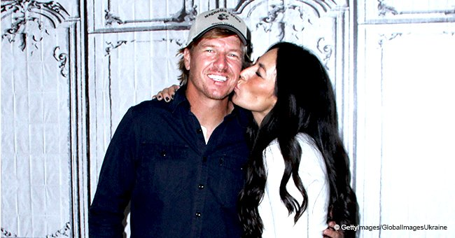 Joanna Gaines received one of the biggest cards from her husband Chip on St. Valentine's day