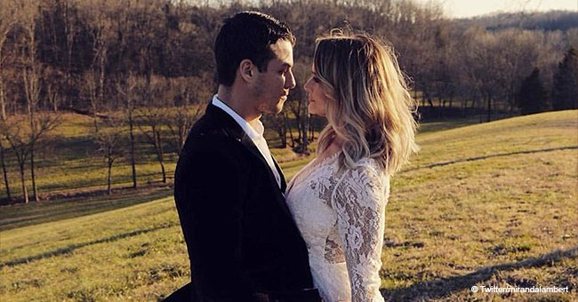 Miranda Lambert secretly marries a police officer, and her sheer wedding dress is fabulous