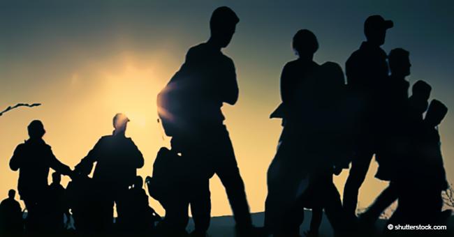 US Border Patrol Agents Snag More Than 400 Illegal Immigrants in 5 Minutes at El Paso