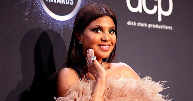 Toni Braxton Shares New Photo with Her Sons Denim & Diezel and Fans Say She Looks like Their Sister