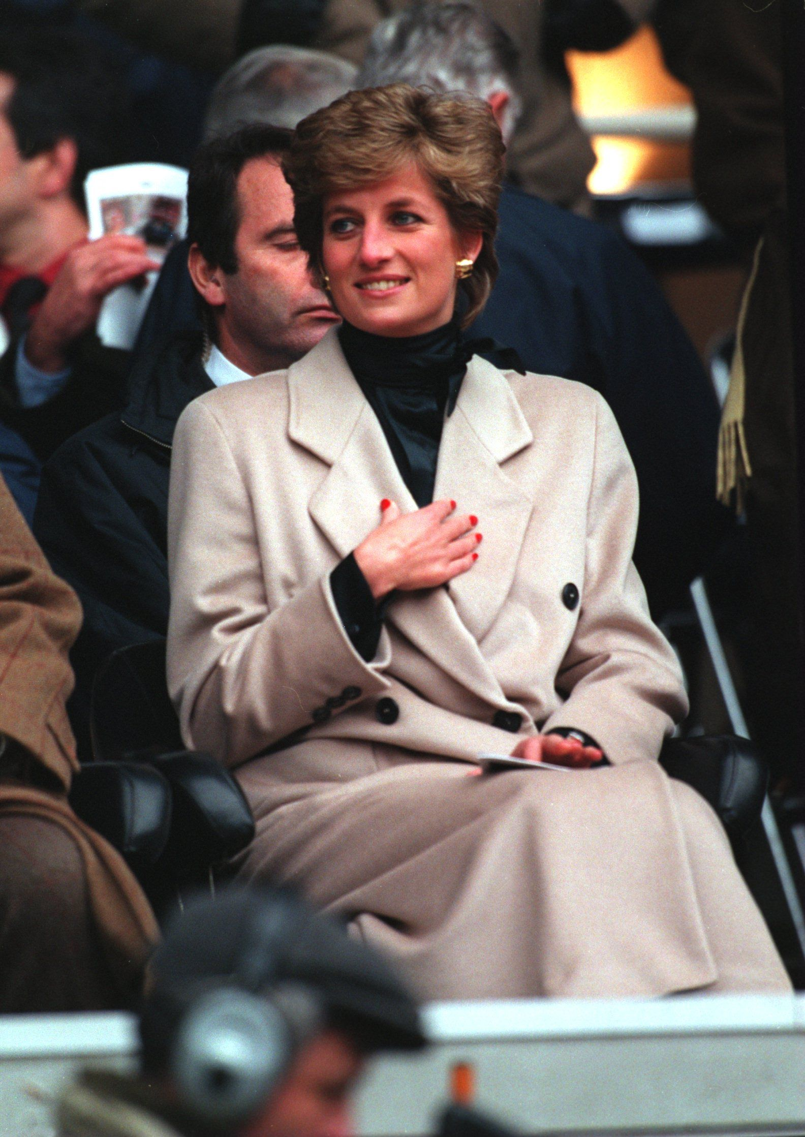 Princess Diana watching the Welsh Rugby Union team during the first five nations match of the season against France on January 21,1995, at Parc Des Princes in Paris   Photo:Pascal Rondeau/ALLSPORT/Getty Images