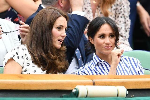 Kate Middleton et Meghan Markle aux finales du Wimbledon 2018. l Source : Getty Images