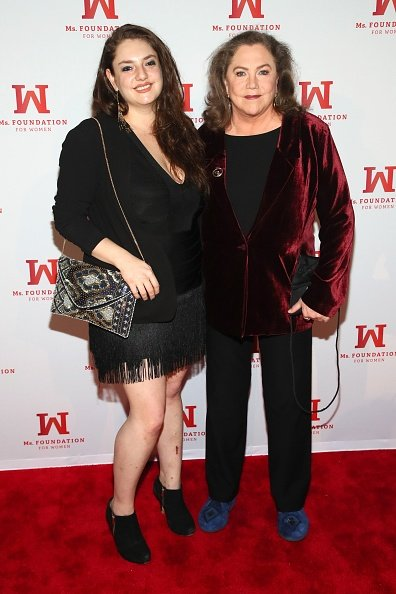 Rachel Ann Weiss et Kathleen Turner à Capitale le 8 mai 2019 à New York. | Photo: Getty Images