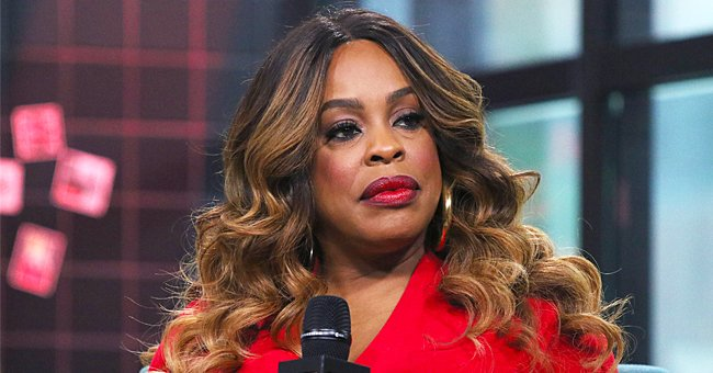 See Niecy Nash's Leg Plaster as the 'Claws' Star Reveals She Broke Her Foot in 3 Places