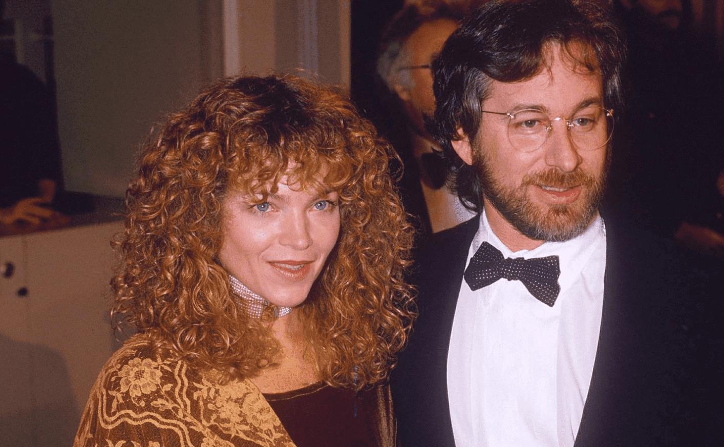 Steven Spielberg and Amy Irving. I Image: twitter.com/ Vanitatis.