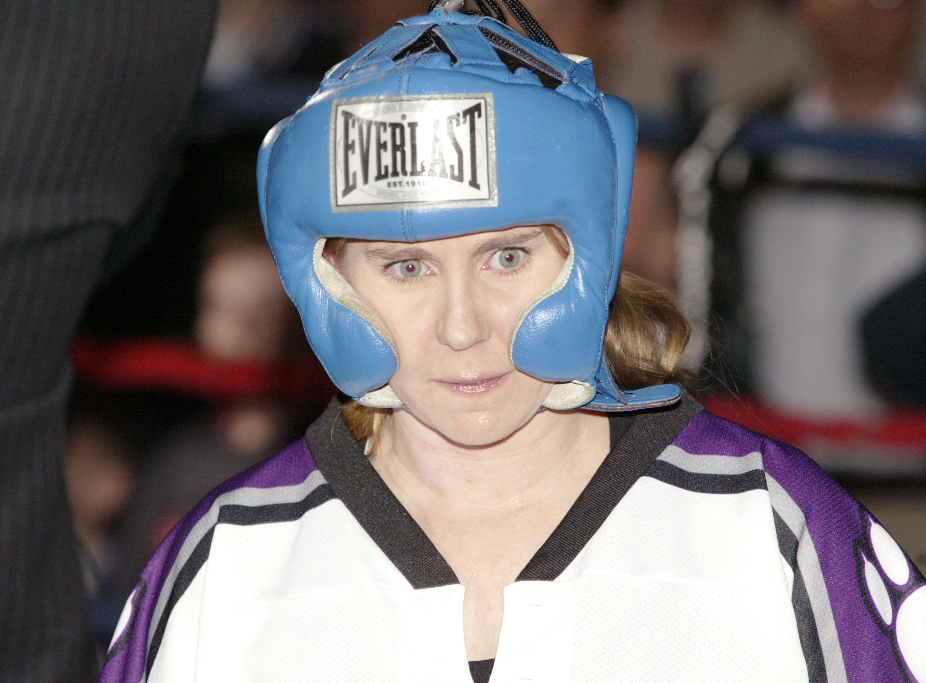 Tonya Harding participates in exhibition boxing in 2004 | Source: Getty Images