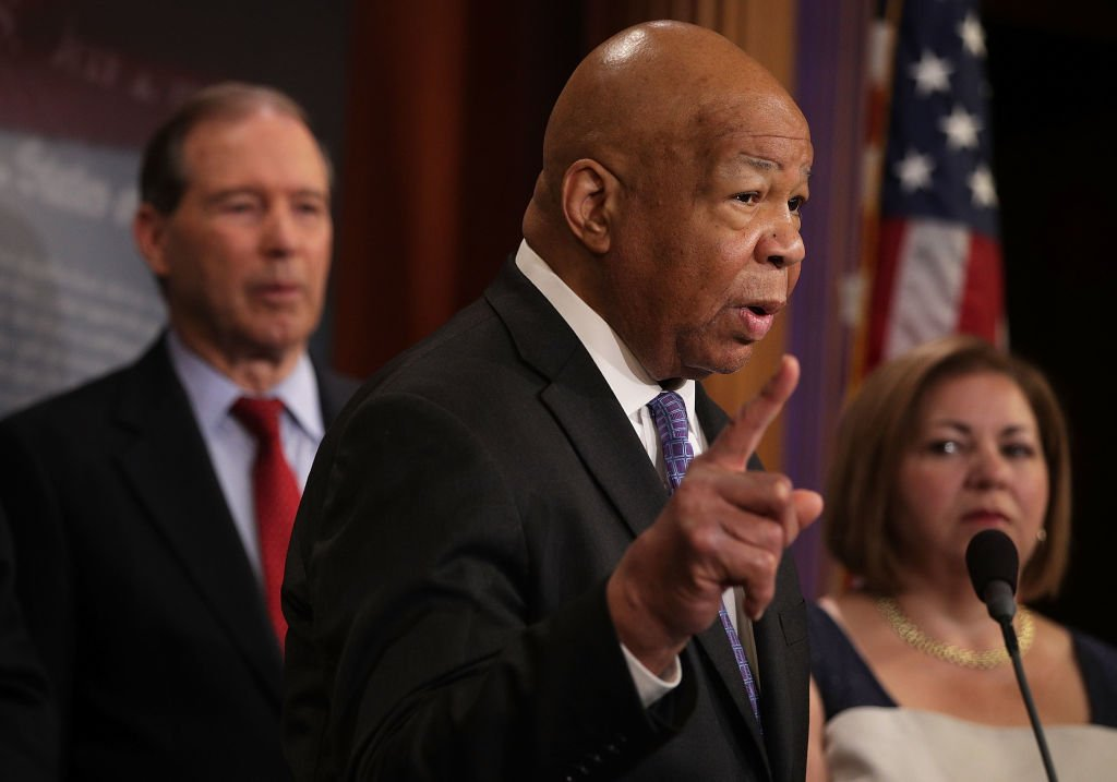 Congressman Elijah Cummings speaks during a news conference at the Capitol. | Photo: Getty Images
