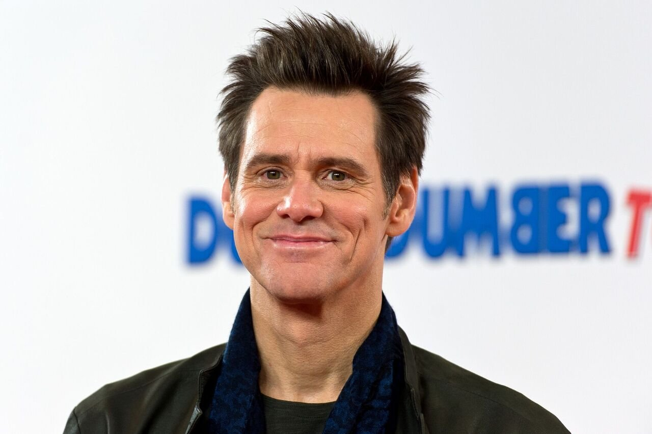 "Jim Carrey attends a photocall for ""Dumb and Dumber To."" 
