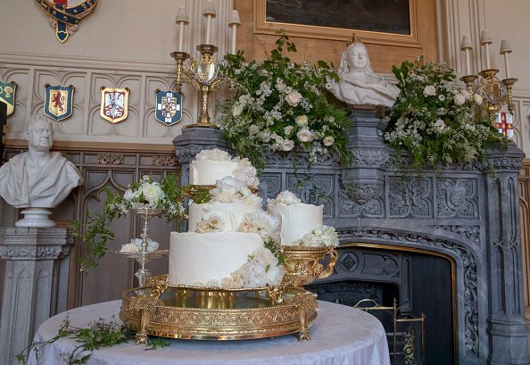 The wedding cake by Claire Ptak of London-based bakery Violet Cakes in Windsor Castle for the royal wedding of Meghan Markle and Prince Harry on May 19, 2018, in Windsor,England. | Source: Getty Images.
