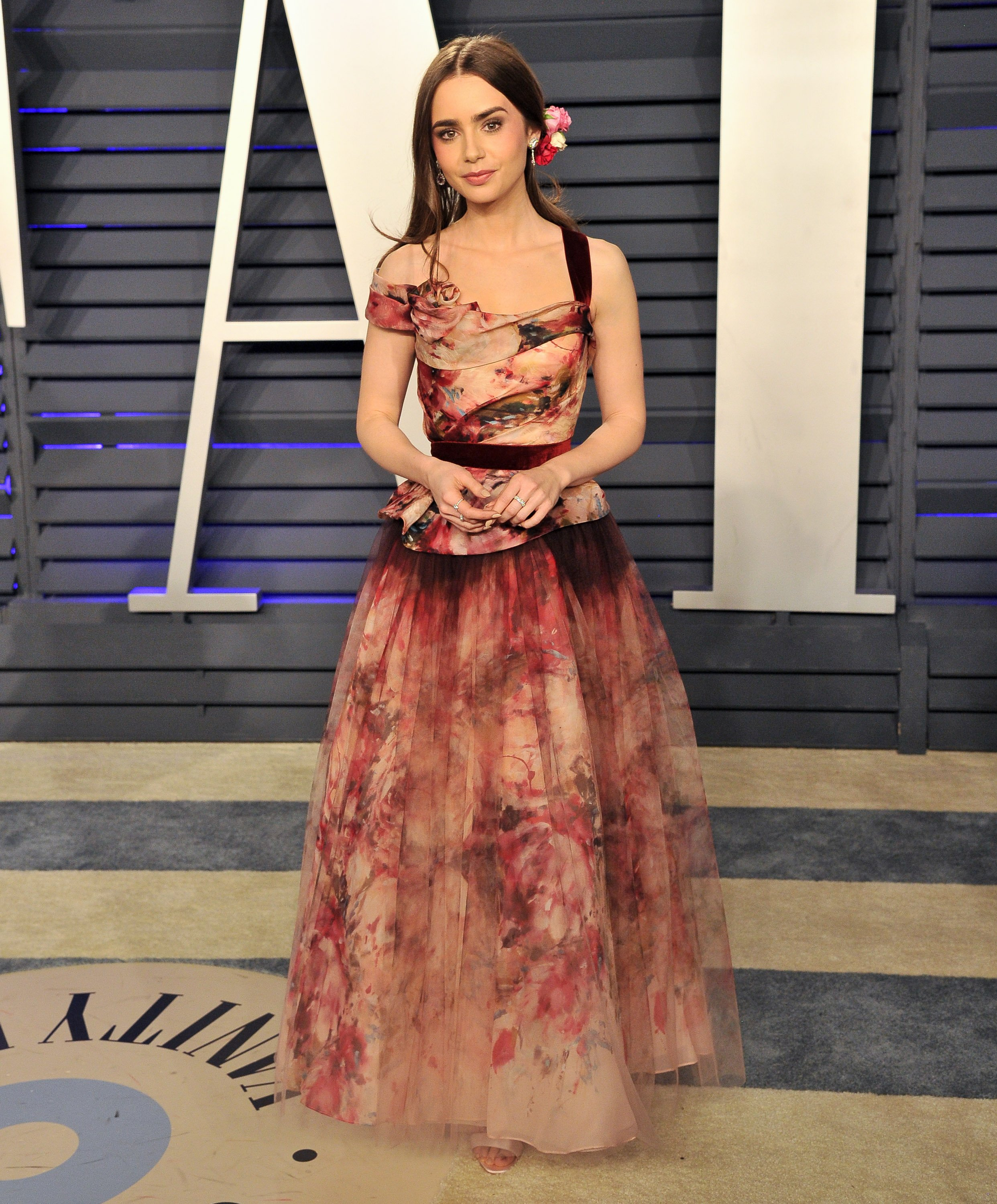 Lily Collins attends the 2019 Vanity Fair Oscar Party on February 24, 2019 in Beverly Hills, California. | Photo: Getty Images
