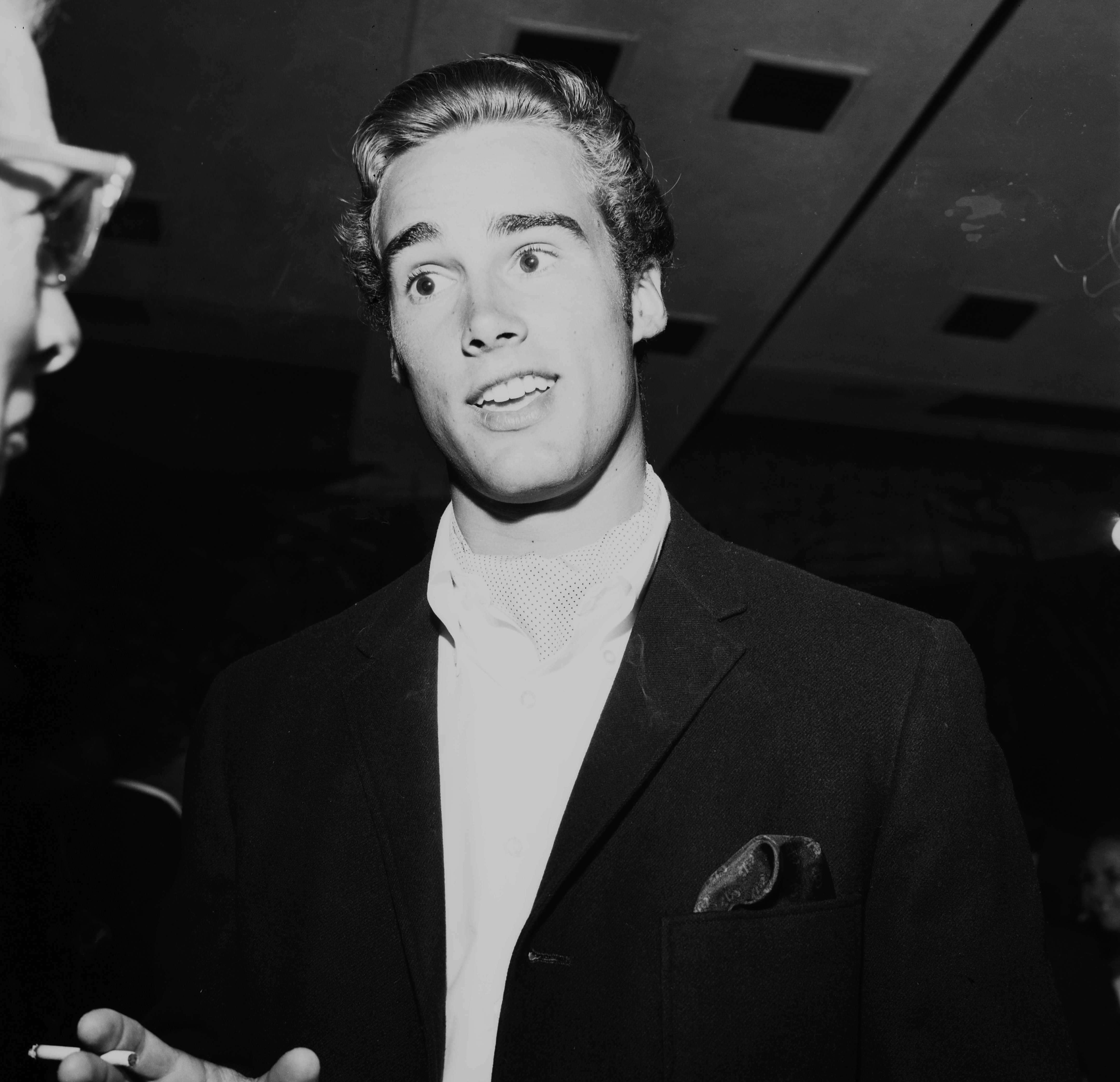 Sean Flynn attends a party on 01 January, 1961 in Los Angeles, California | Photo: Getty Images