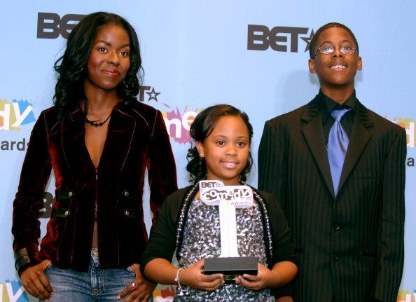 "Camille Winbush, Dee Dee Davis and Jeremy Suarez, winners of Outstanding Comedy Series for ""The Bernie Mac Show"" 