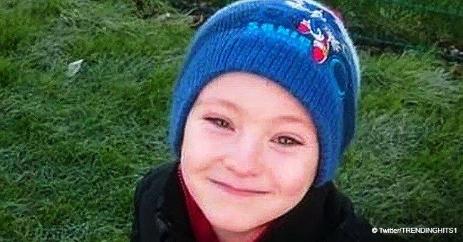 Un garçon de 8 ans, qui a perdu sa grand-mère, a travaillé dur pour acheter des fleurs aux 68 filles de l'école, le 14 février