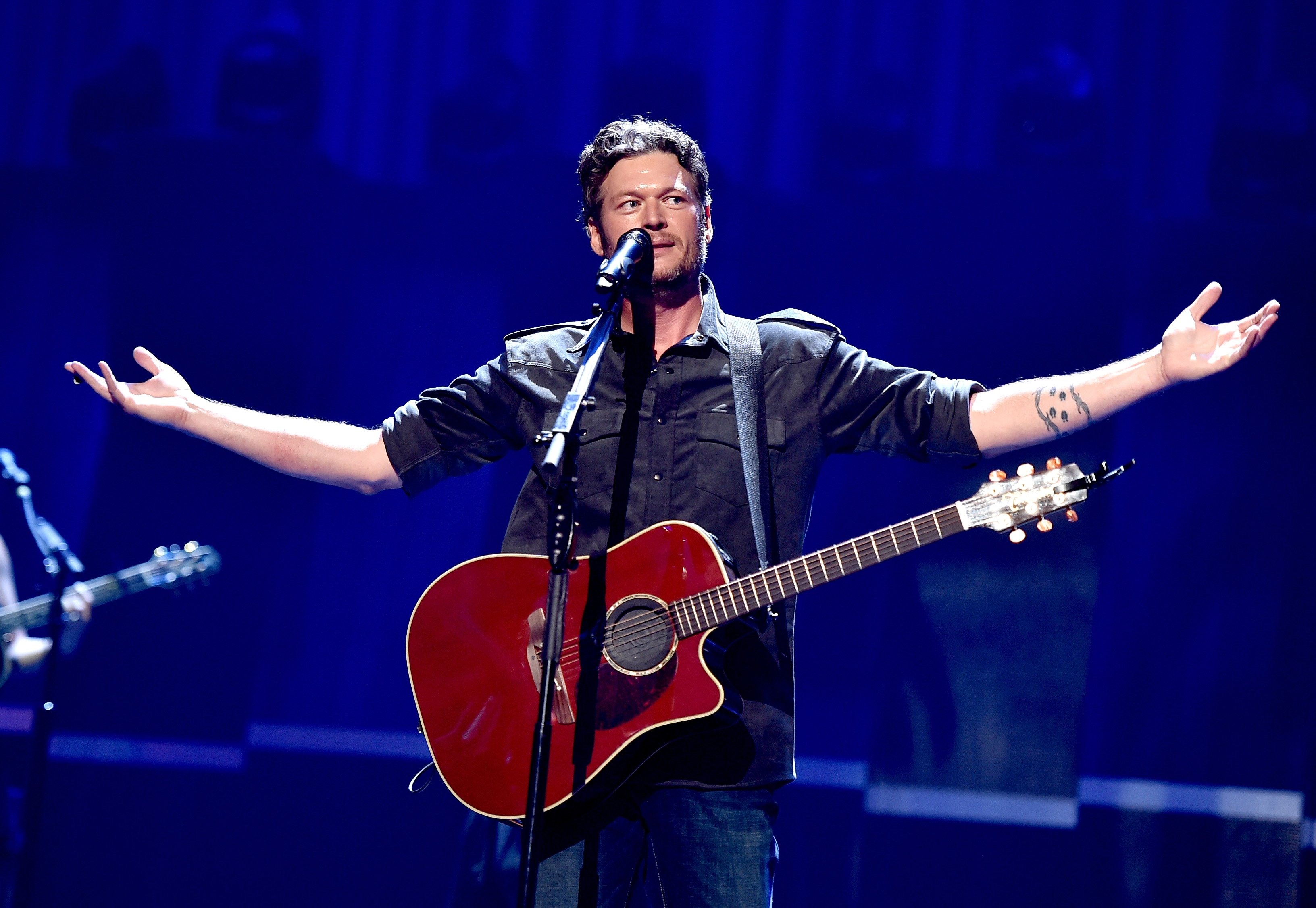 """""""Happy Anywhere"""" crooner Blake Shelton performs at the 2015 iHeartRadio Music Festival at MGM Grand Arena in Las Vegas. 