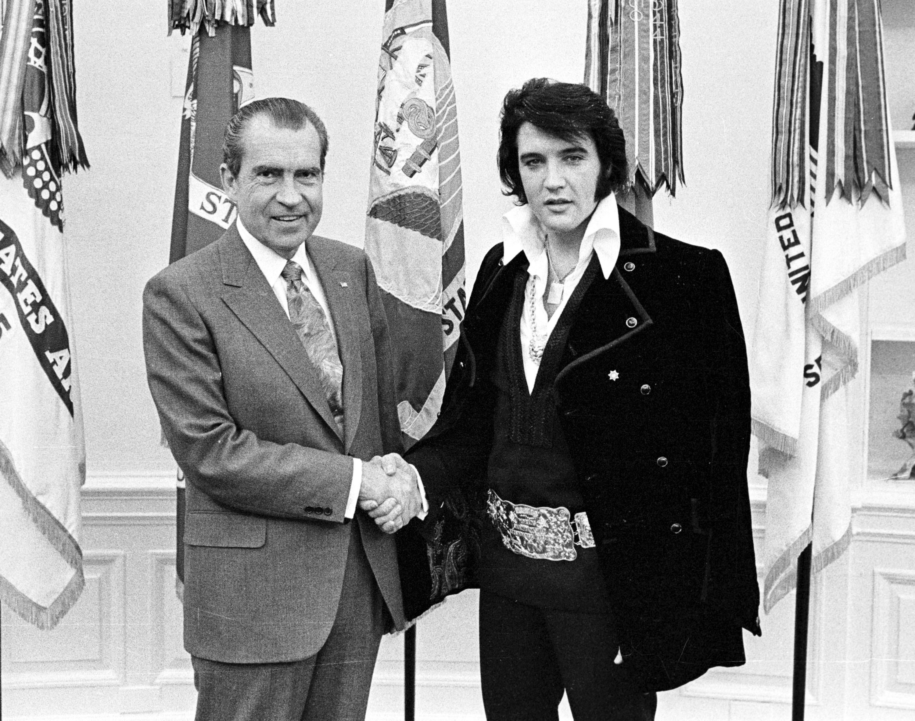 """The 1970 historic meet of """"The King of Rock and Roll"""" Elvis Presley and President Richard Nixon. 