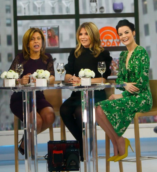 Hoda Kotb,Jenna Bush Hager and Jaimie Alexander are seen on the set of the today show on January 29, 2019 in New York City | Photo: Getty Images