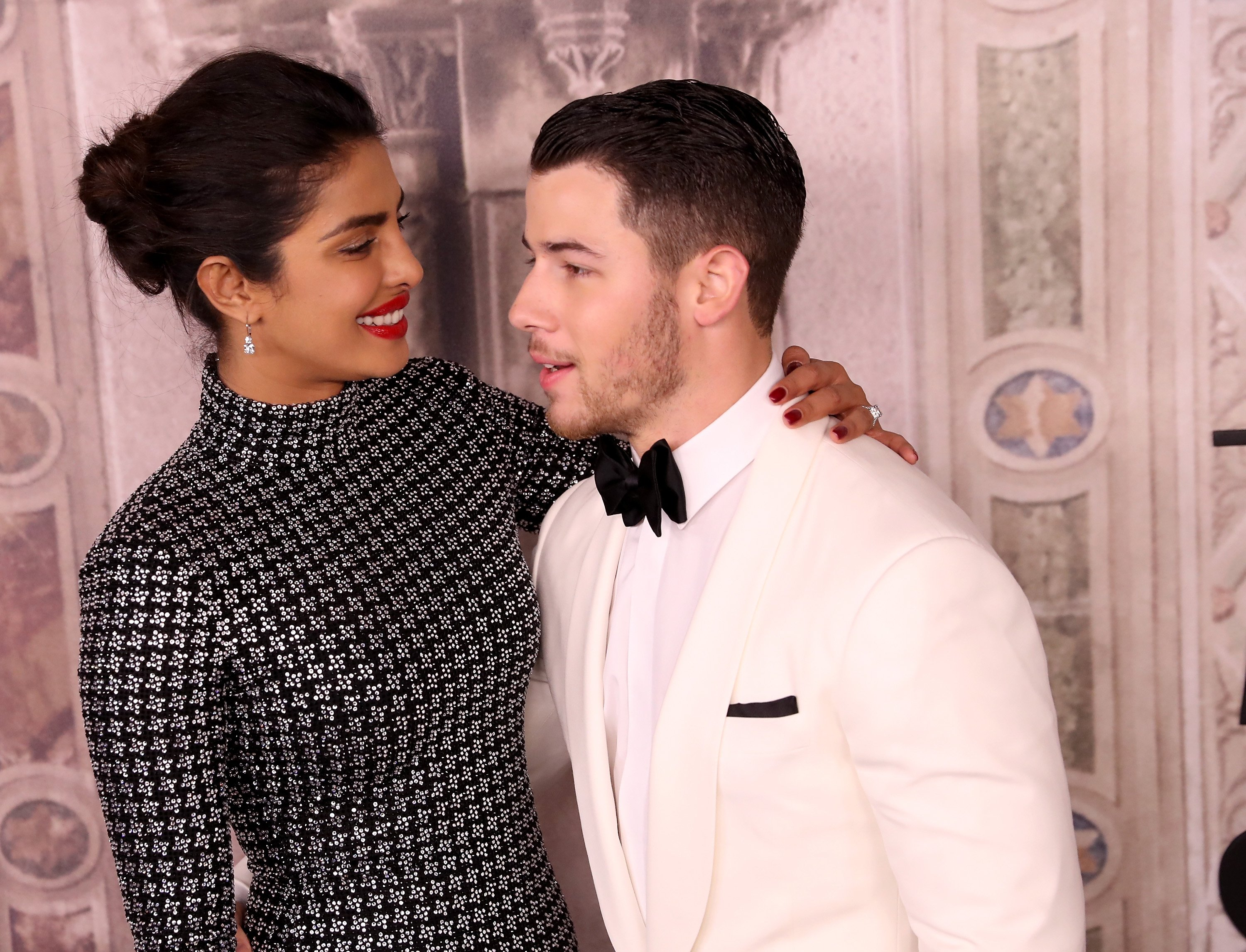 Priyanka Chopra and Nick Jonas attend the Ralph Lauren fashion show during New York Fashion Week at Bethesda Terrace on September 7, 2018 in New York City | Photo: Getty Images