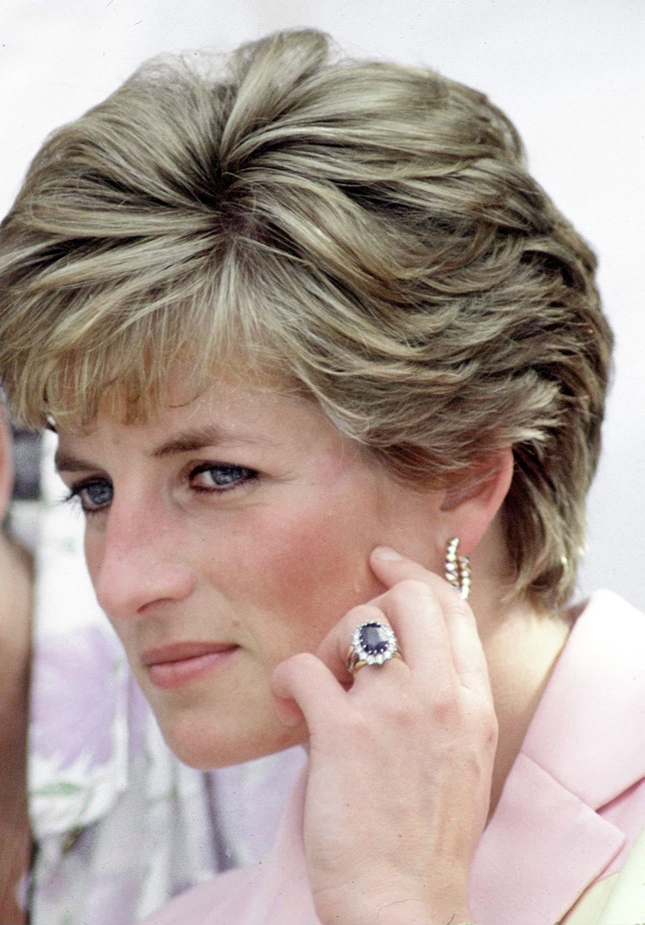 Princess Diana's engagement ring, which now belongs to the Duchess of Cambridge   Source: Getty Images