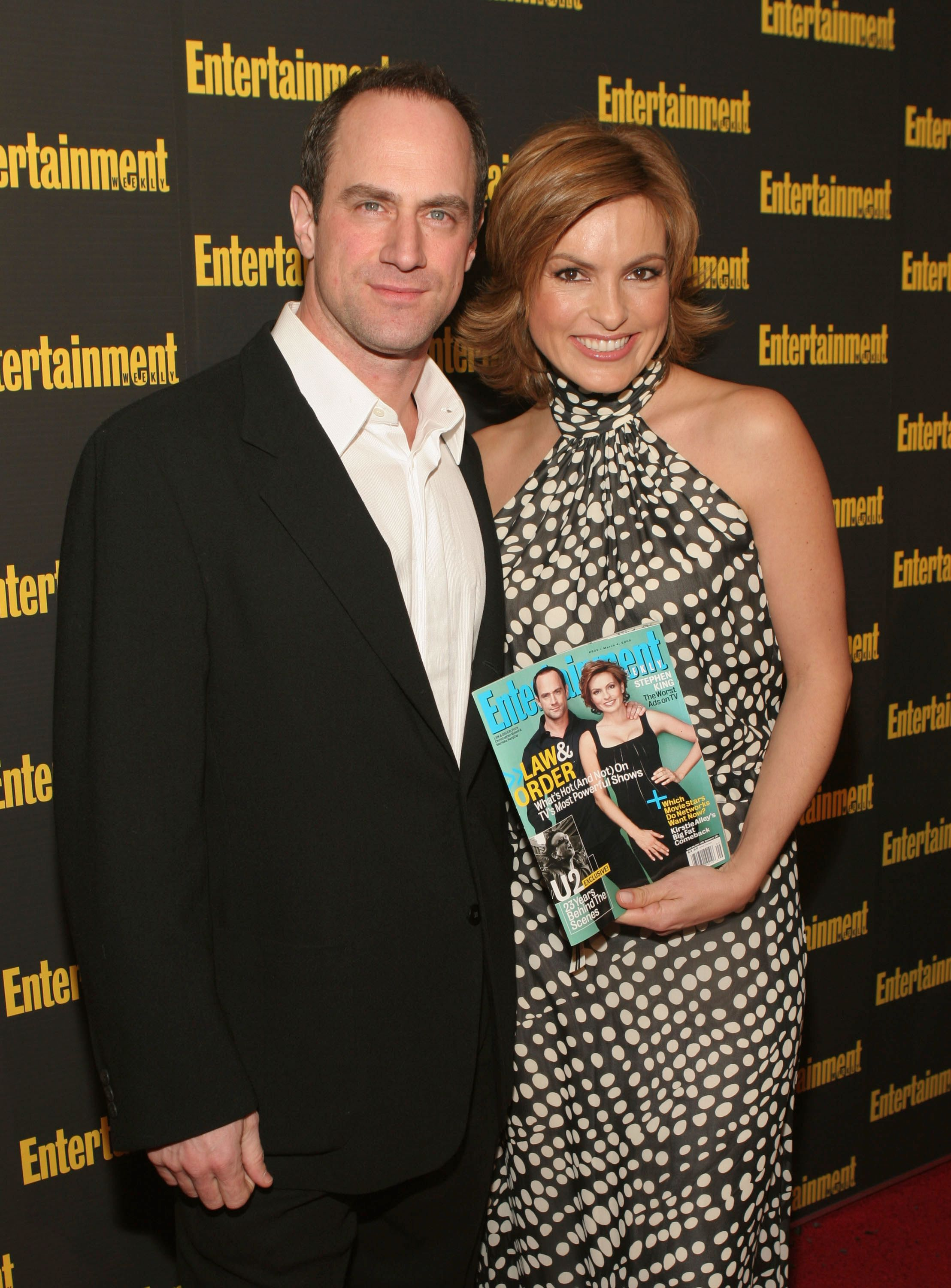 """Chris Meloni andMariska Hargitay at""""Entertainment Weekly's"""" Oscar viewing party at Elaine's on February 27, 2005, in New York City 