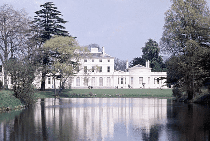 A lake view of Frogmore House, in the grounds of Home Park, Windsor, in 1970, England | Source: Getty Images (Photo by Ray Bellisario/Popperfoto via Getty Images/Getty Images)