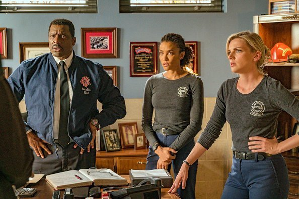 Eamonn Walker, Annie Ilonzeh and Kara Killmer on set of Chicago Fire | Photo: Getty Images