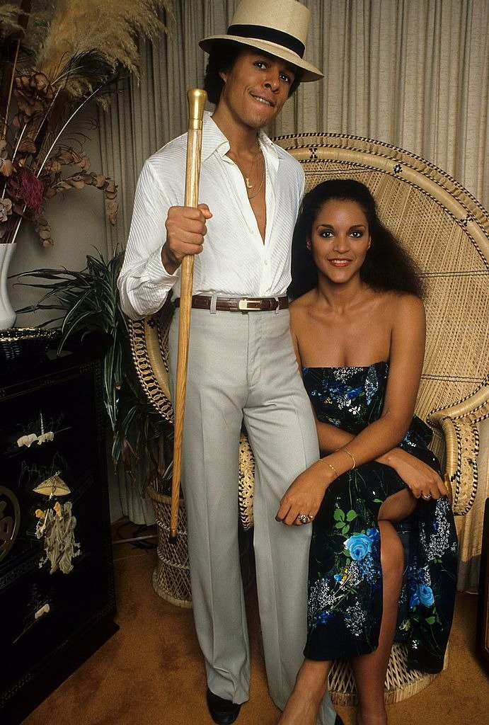 Leon Isaac Kennedy and wife Jayne Kennedy pose for a portrait in circa 1982 in Los Angeles, California   Photo: Getty Images