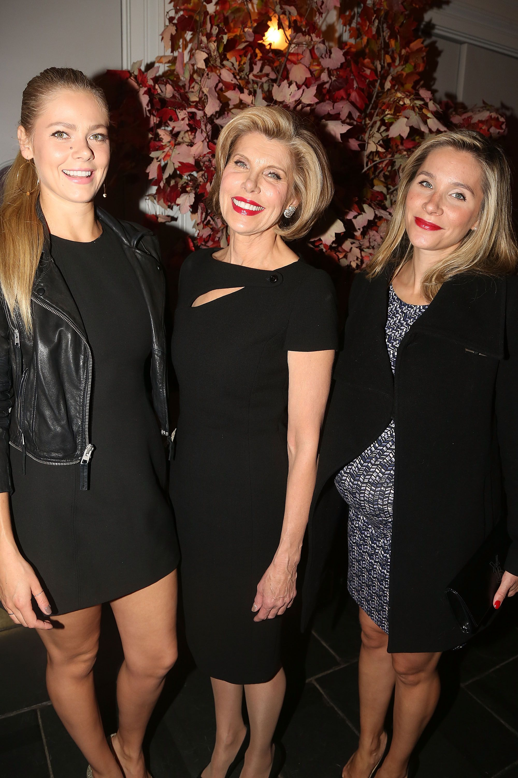 Christine Baranski with daughters Lily and Isabel Cowles at The Manhattan Theatre Club in 2015 in New York | Source: Getty Images