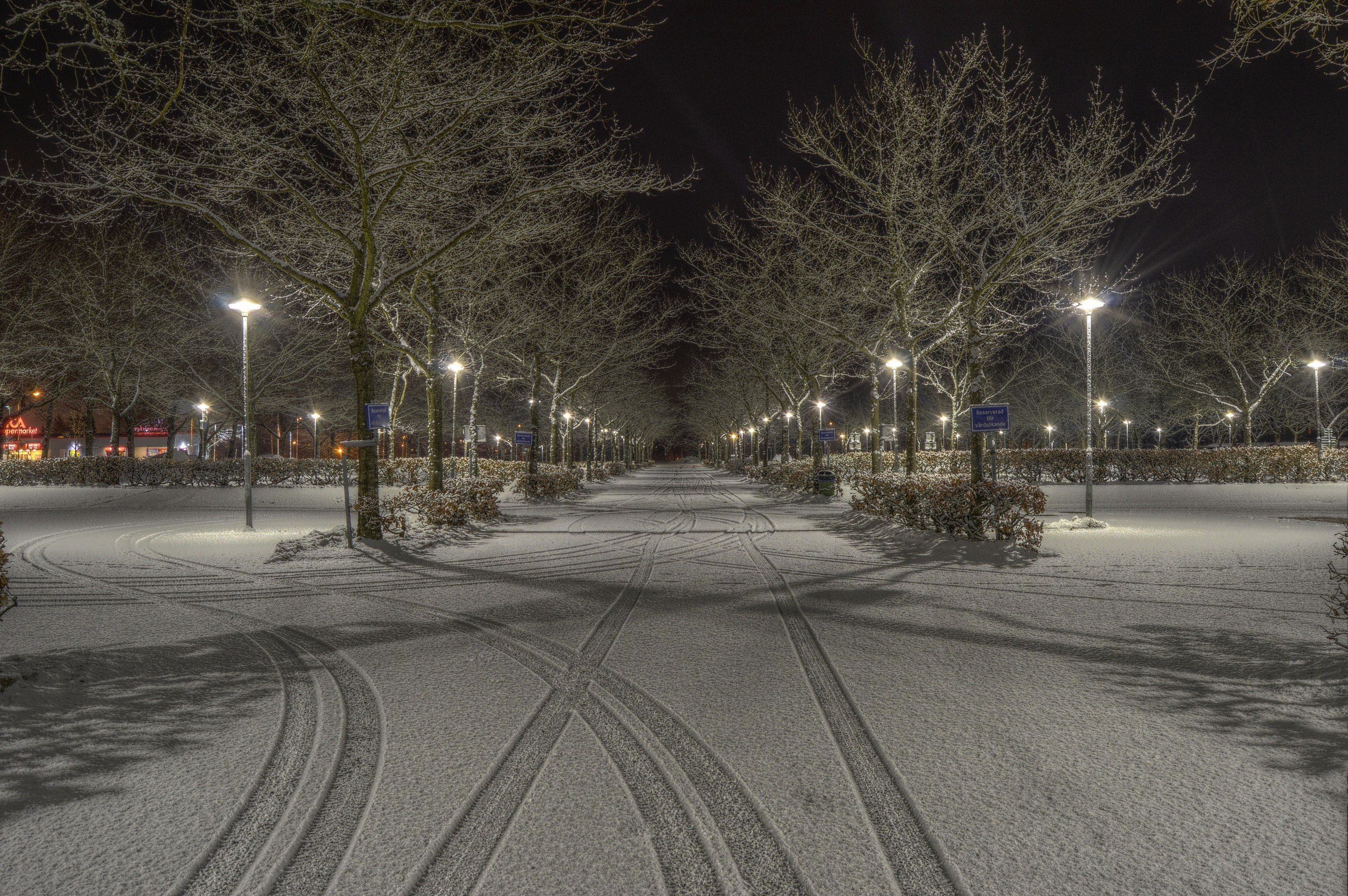 I can still remember the snow that night   Source: Pexels