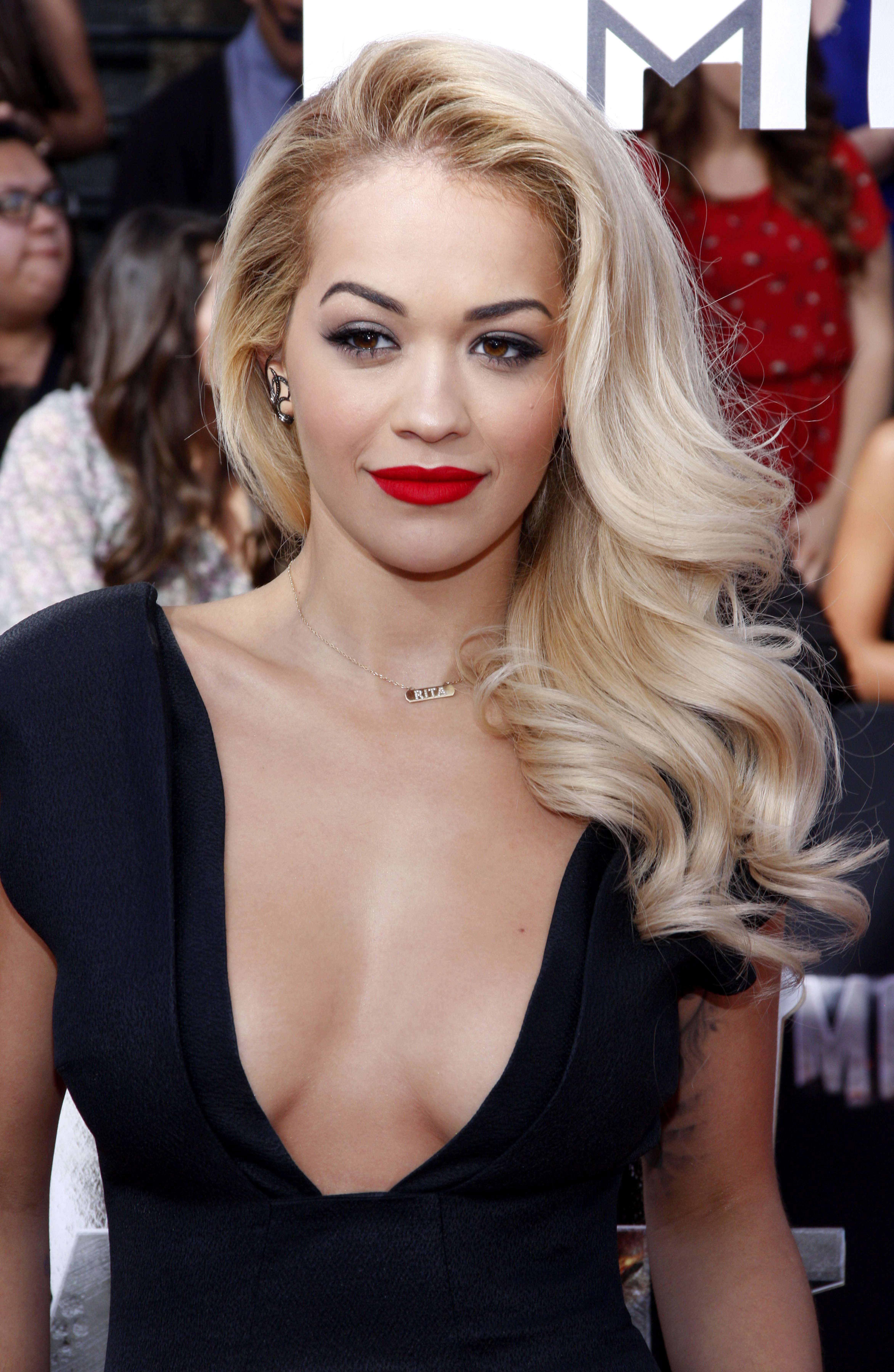 Rita Ora pictured at the 2014 MTV Movie Awards, Los Angeles. | Photo: Shutterstock
