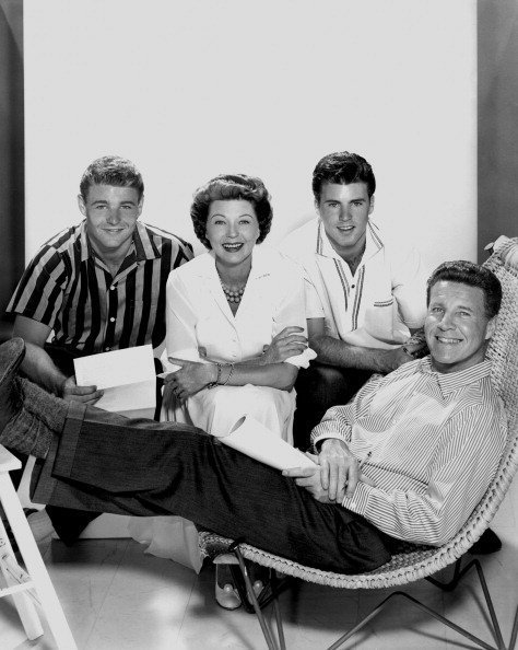 Actors and real life family The Nelsons (L-R David Nelson, Harriet Nelson, Ricky Nelson and Ozzie Nelson) pose for a publicity shot circa 1959 in Los Angeles, California | Photo: Getty Images