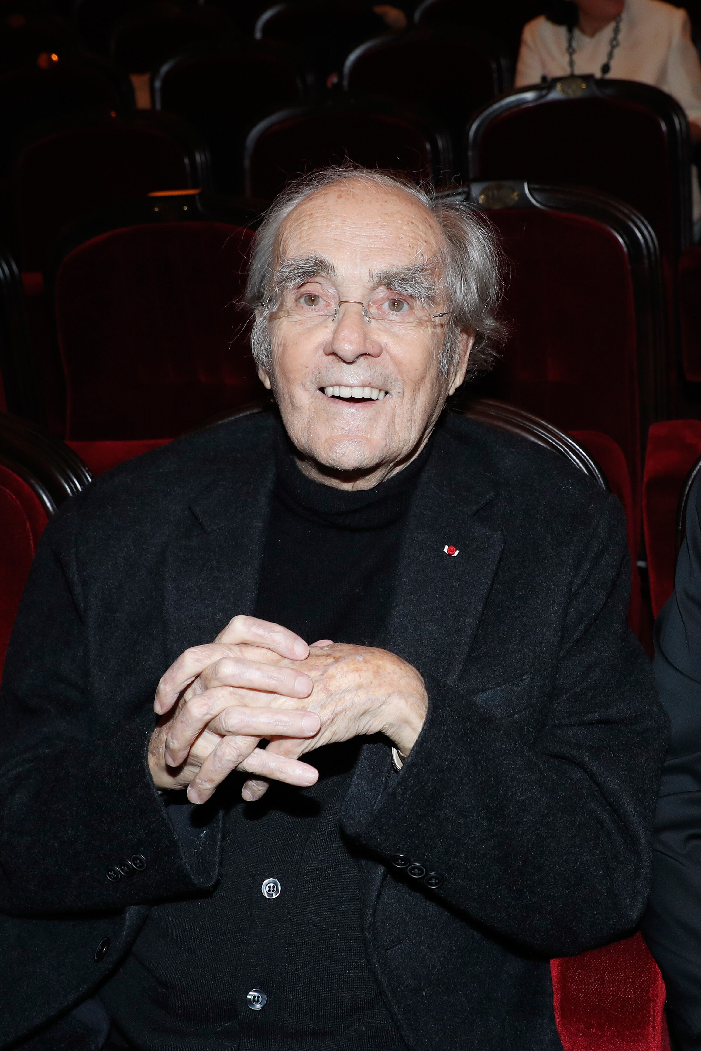 "Michel Legrand assiste à la réouverture du Théâtre de Marigny avec la Fée Musicale ""Peau d'Ane"" à Paris, France. 