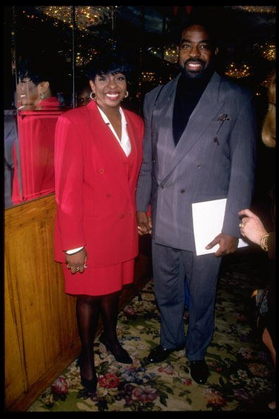 Singer Gladys Knight with husband, TV talk show host Les Brown | Photo: Getty Images
