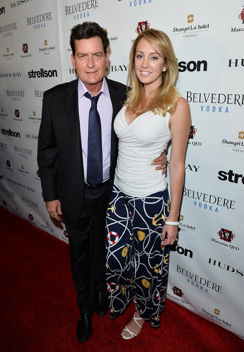 Charlie Sheen and fiancée Brett Rossi on June 26, 2014 in Toronto, Canada | Photo: Getty Images