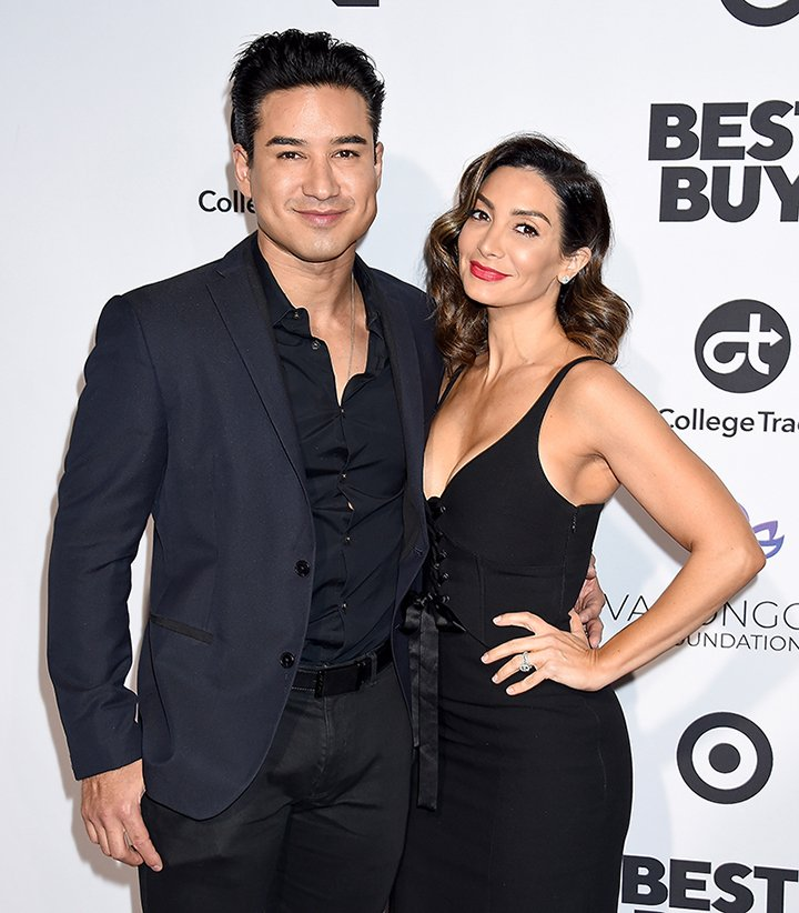 Mario and wife Courtney Lopez posing on the red carpet I Image: Getty Images.